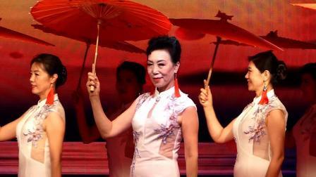 天坛周末15182 模特表演《油纸伞》东湖彩虹艺术团模特队