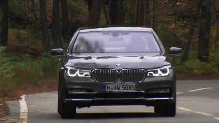 路上跑起来再看奥迪A8、宝马7系、奔驰S级、保时捷的区别