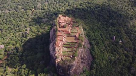 """建在岩石上的城堡,沉寂千年无人发觉,被人称为""""天空之城"""""""