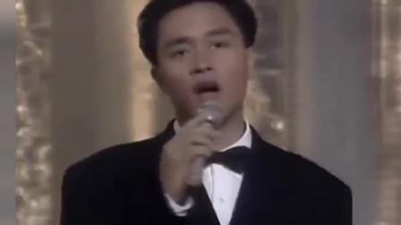 89年张国荣翻唱齐秦经典《大约在冬季》,一直觉得比原唱好听