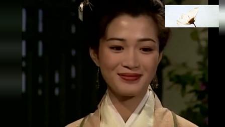 林平之说喜欢红色,岳不群一句英雄所见略同,憋不住又笑了