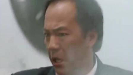 英雄本色2:三兄弟血洗伪钞集团,小马哥绝地求生,这段燃爆了