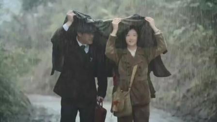 《奔腾年代》:金灿烂逞能淋雨,怎么看这场景都是浪漫!