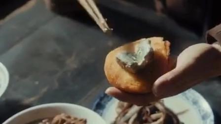 馒头片臭豆腐加碗豆汁