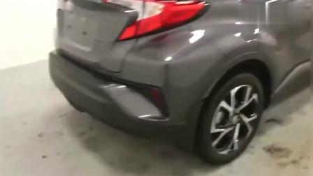 广汽丰田CHR一款,好看不难开的车, 打开车门那一会!