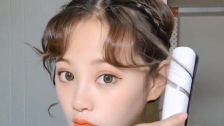 韩式八字刘海这样弄超简单,网红都会的发型,你会了吗?