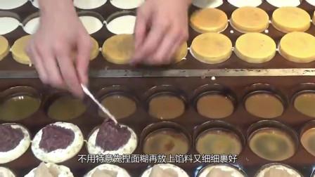 日本街头的高颜值小吃,超多红豆沙作为馅料,价格便宜,难怪妹子都爱吃