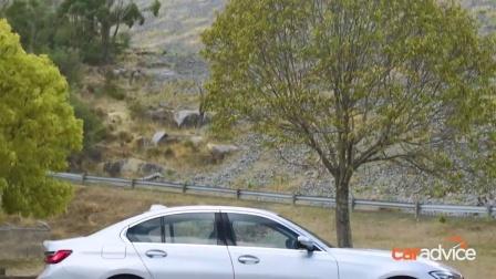 外国人的汽车试验: 2019款宝马G20320D测试现场实拍