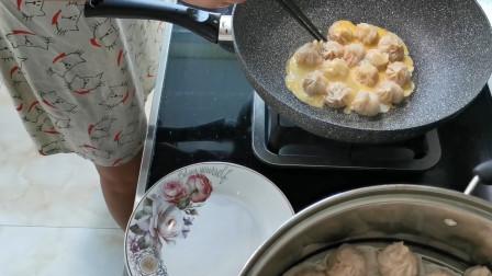 福建美女鸡蛋煎小笼包,做法很简单,女孩1顿能吃20个太香了