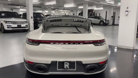 内饰精致, 外观大气, 这就是保时捷911 Carrera 4S