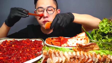 韩国大胃王小哥,试吃炸五花肉和生牛肉,大口大口吃的太过瘾了