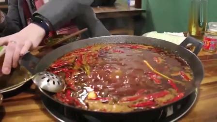 """老外在中国:自从吃了中国的美食,在美国的一日三餐只能叫""""填饱肚子"""""""
