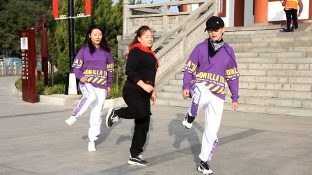 美女齐跳鬼步舞《dj48步》,舞步动感时尚,好听好看附教学