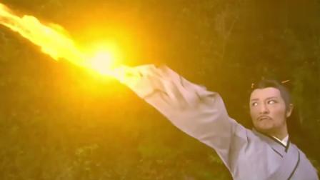 小伙祭出纯阳宝剑,飞剑加法术对付大魔神,没料竟被轻易打败!