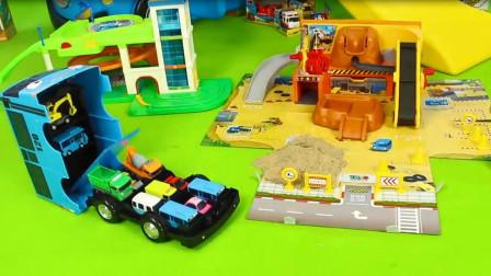 蓝色汽车真能装,肚子里面可以放下好多小汽车!