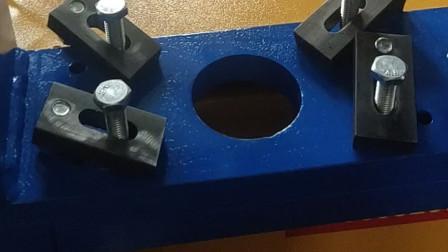 双工位液压自动冲孔机1028