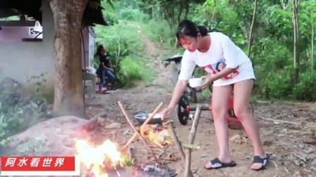 越南农村吃烤鸭,鸭肉好不好吃腌制是关键,看看越南人怎么做烤鸭