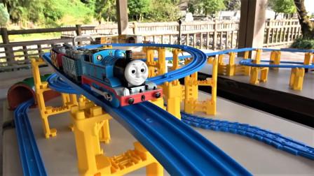 火车宝宝Plarail托马斯小火车 多层立交环路和新干线隧道玩具