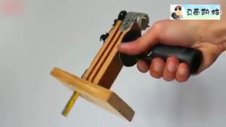 手工制作一个好用的小竖锯,在家切割小东西很实用!