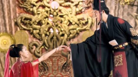 柜中美人:舞娘们跳舞争宠,不料皇上喜欢红衣服的,另外几位懵了