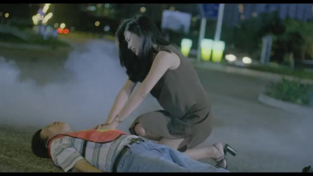 倒霉鬼想借尸还魂,没想被女子两次挡回来,气得要报复她