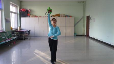 2015年3月30日通辽市健身操工委各晨练点辅导员培训班后展示健身球操美观不美观
