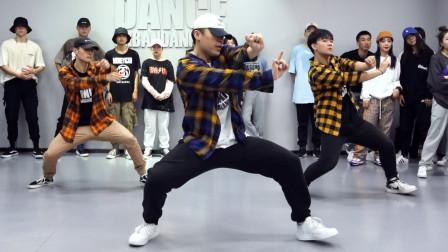 小孟 编舞《TiAmo》Urban Dance Studio 都市编舞工作室