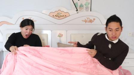 22岁产妇顺产第二天洗澡,夜里感觉被虫咬,掀开被子喊救命