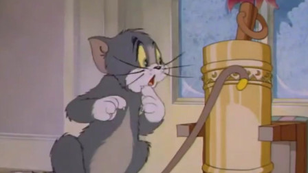 猫和老鼠:汤姆把杰瑞关在外面,但一想到大雪纷飞,他立马把杰瑞带回家了