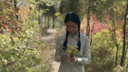 这首庾澄庆的《春泥》唱得经典好听,听完满满的回忆
