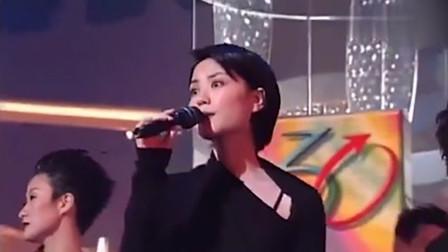 王菲实力翻唱《上海滩》,开口令人沉醉,不愧是一代天后!