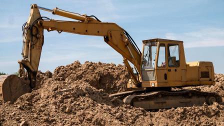 开挖掘机最危险的两种情况,第二种看得我一身冷汗啊!