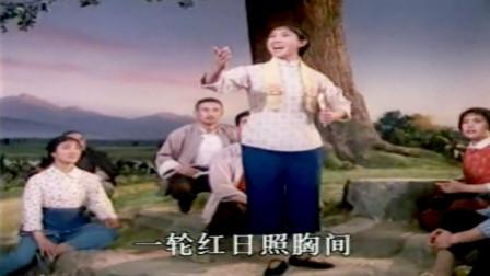 艺术家李炳淑 现代京剧《龙江颂》选段 手捧宝书满心暖  精彩好听好看!