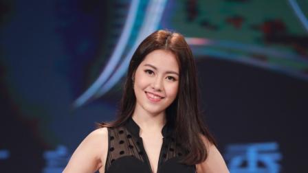 亚洲小姐泳装见传媒 张雯夺魅力值大奖冠军