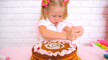 越看越有趣!萌娃小萝莉在给爸爸做生日蛋糕,能吃吗?