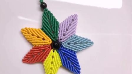 看看如何编一朵七色花,手工难度3颗星,不仅简单还非常漂亮!