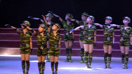舞蹈<女兵>资中舞韵艺术培训学校表演