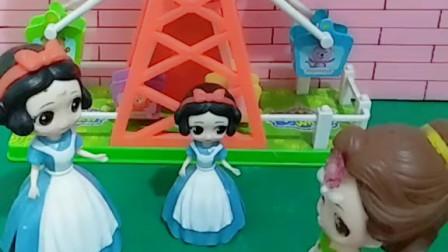 宝宝爱游戏:贝儿太坏了,踩坏了小白雪的生日蛋糕