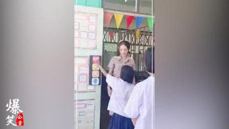 搞笑GIF锦集:这不是去幼儿园的车,我要下车!