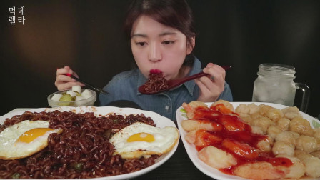韩国吃货美女,吃四川炸酱面、糖醋肉和虾、煎蛋,吃的太香了