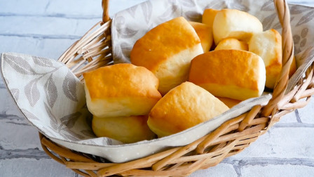 奶香小面包,口感松软,满口奶香