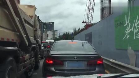 多少身家才买得起宝马M5?M5会被重庆保时捷女司机认为是叫花车吗