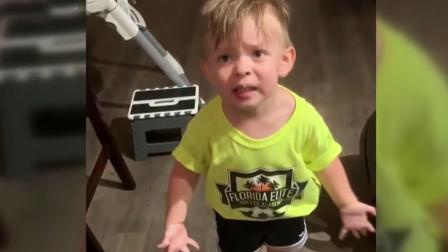 萌化了!3岁宝宝因妈妈忘记吻别气到咆哮,手舞足蹈向爸爸告状