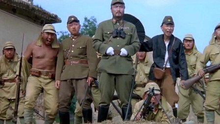 举起手来:小日本等着看笑话,不料炸弹被毛驴一泡尿浇灭了!