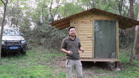 帮你们的小姐姐查看野外小木屋是否还在,没有被偷拆烧柴!