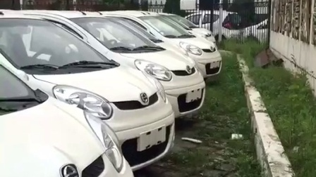 小视频: 江铃新能源汽车, 车型小巧, 出行方便
