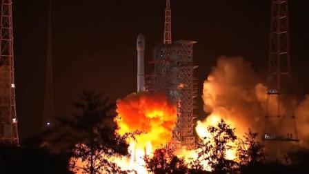 中国成功发射第49颗北斗导航卫星 火箭直冲云霄响彻夜空