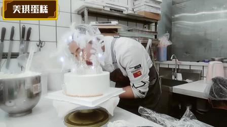 """女友生日,我为她定制女神蛋糕""""白羽毛 """",女友特别高兴!"""