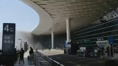 突发!深圳机场一高架桥起火 现场浓烟滚滚