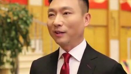 当代怼言大师康辉,在线怼段子手朱广权,想象力太浅了!